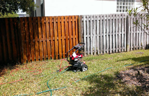 Pressure Washer Uses Wood Fence