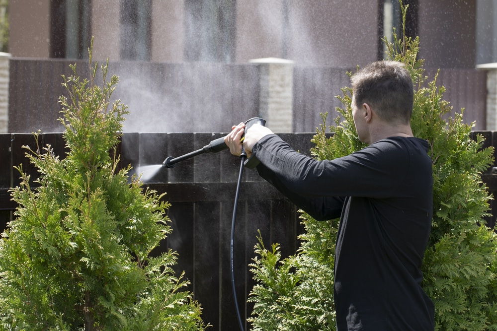 How to Pressure Wash Your Fence Correctly!